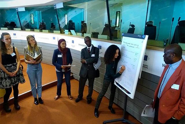 Municipios en Transición se presenta en el Día Europeo de las Comunidades Sostenibles: las sesiones de trabajo grupal dan sus frutos.