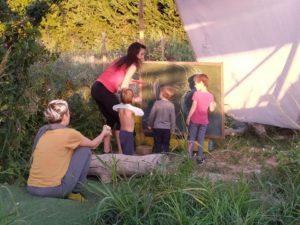 """Escuela """"La Cabaña"""" en El Jardín del Decrecimiento"""